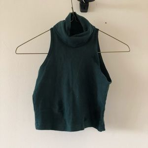 Cropped turtle neck tank